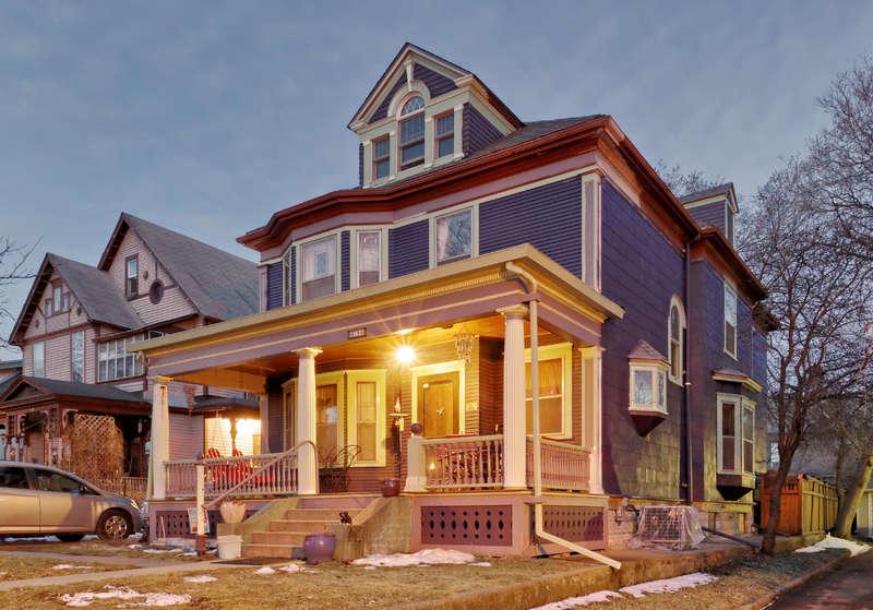 3124 3rd Ave. So.:  Arthur E. & Carrie E. Holbrook House