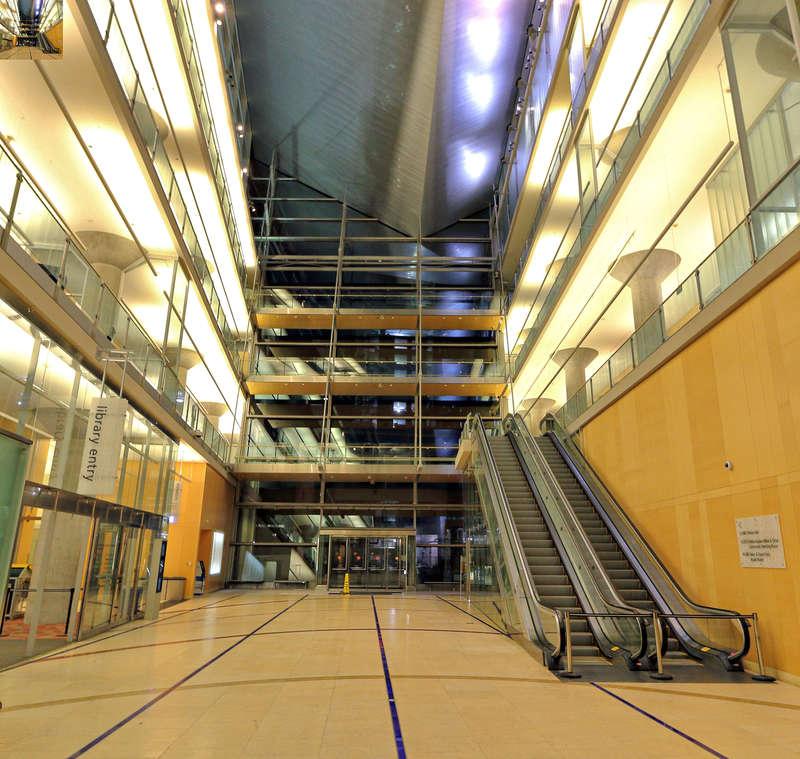 Minneapolis Downtown Library - atrium facing Nicollet Mall entrance