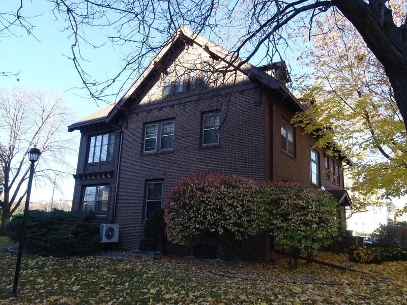 401 Groveland Avenue -- the Ireys House