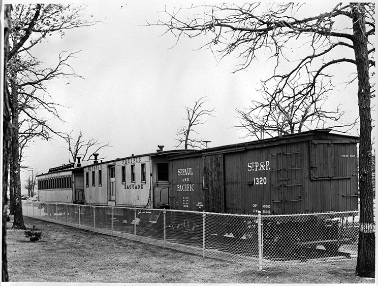St. Paul & Pacific Railroad cars