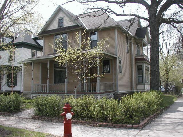 1625-1627 Dupont Avenue North ca. 2010, east facade